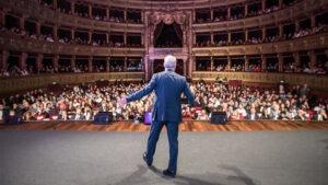 Piero Muscari al teatro di palermo con sala gremita